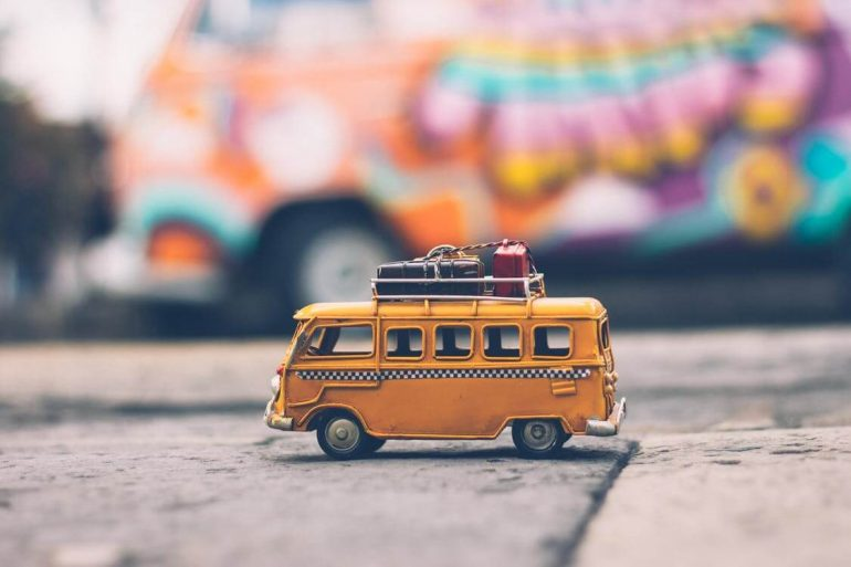 Yellow bus toy