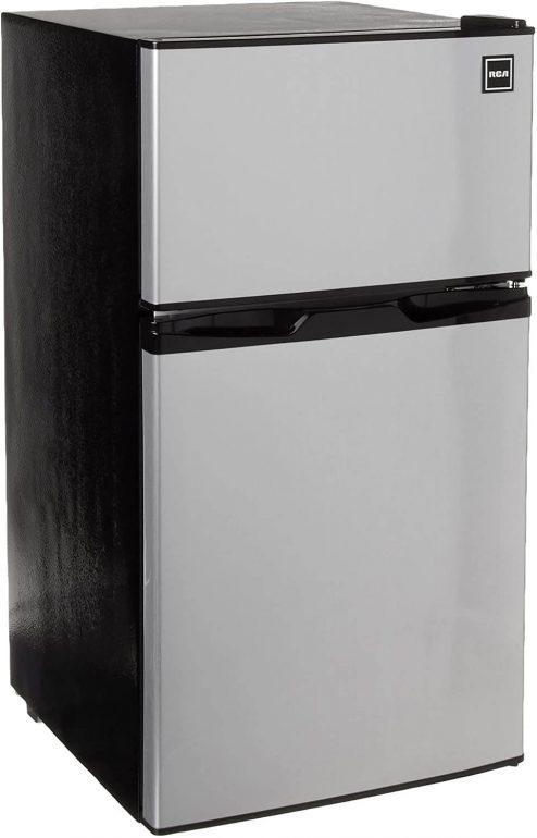 RCA Rfr836 2 Door Fridge and Freezer