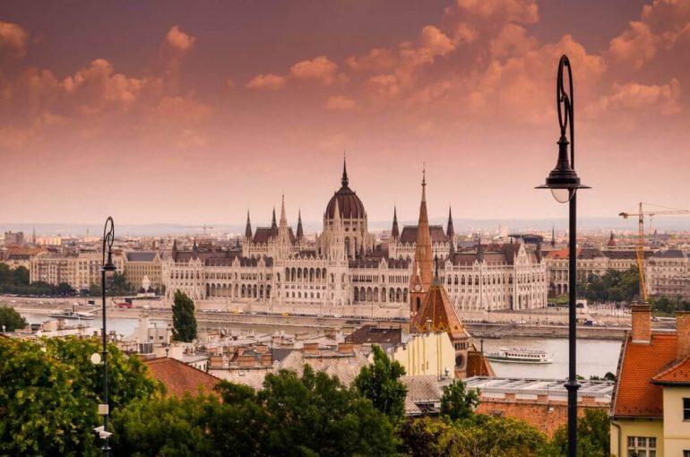 Digital nomad cost Hungary
