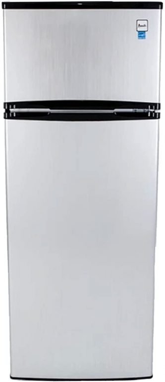 an image of a refrigerator