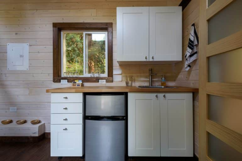 a picture of a small kitchen